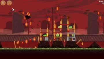 Angry Birds Seasons - Screen 2